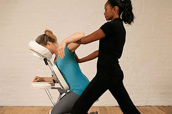 Chair Massage: What it is and what are its benefits?